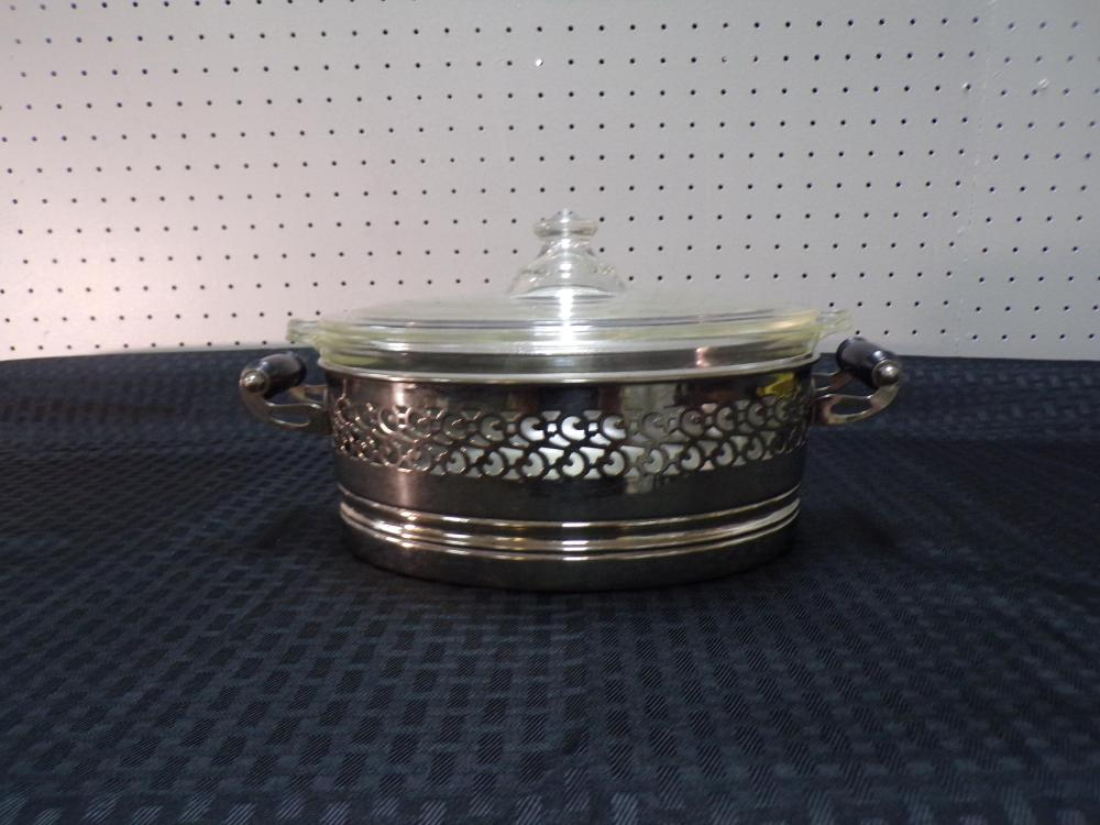 Pyrex Dish with Reticulated Silverplate Holder