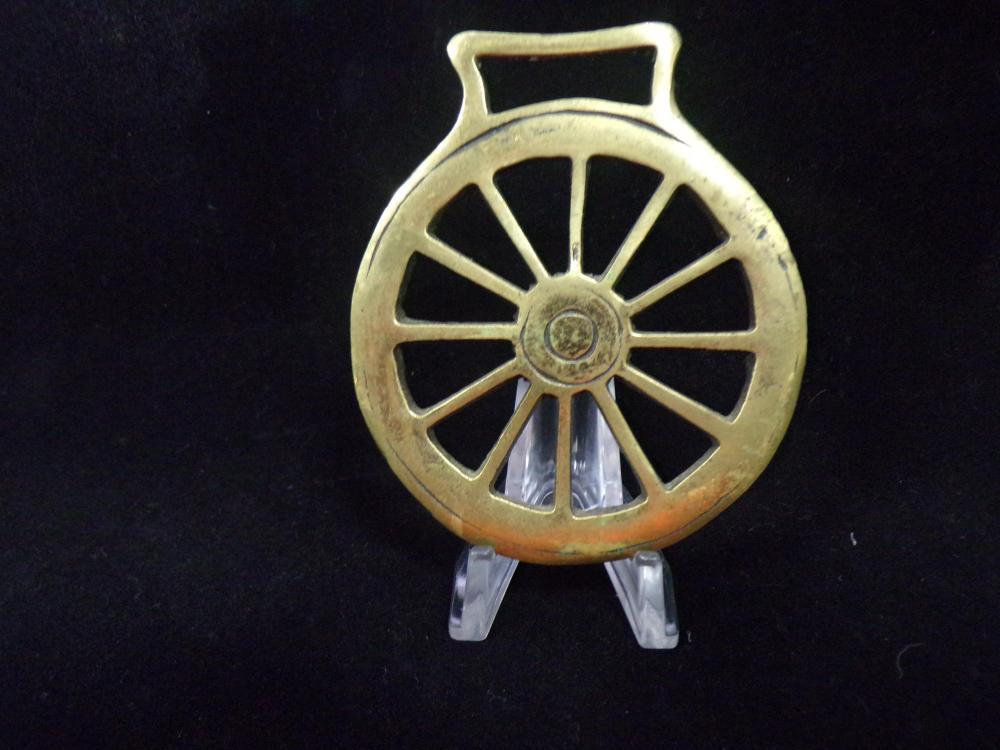 Wheel Saddle Medalion