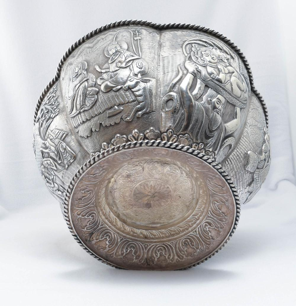 19TH CENTURY INDIAN SILVER LOBED BOWL