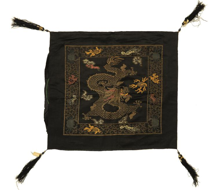 Five-Claw Dragon Pillow Cover, 19th Century