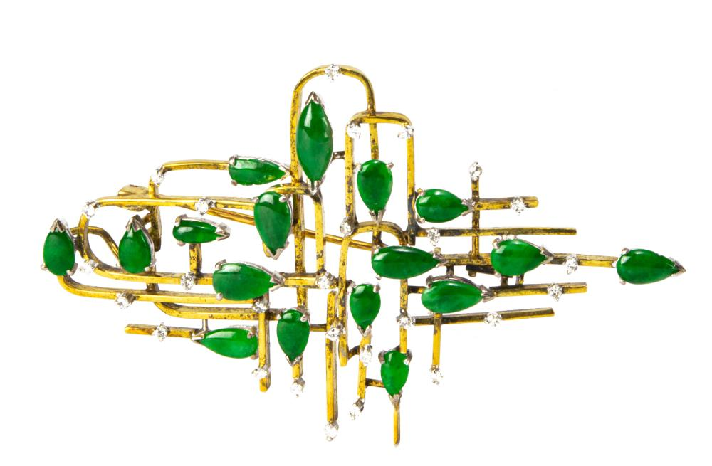CHINESE 14K JADEITE BROOCH WITH SMALL DIAMONDS