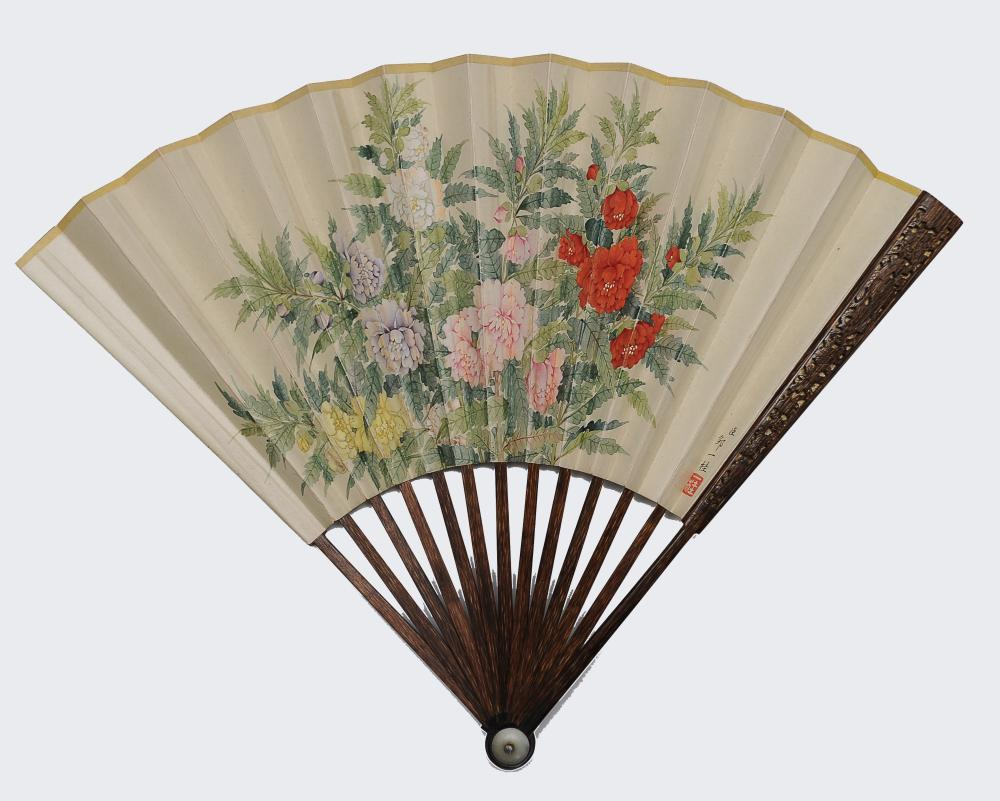 FAN WITH FLOWER PAINTING ATTRIBUTED TO ZOU YIGUI