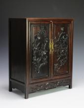 SMALL CHINESE ROSEWOOD CABINET, EARLY 20TH C