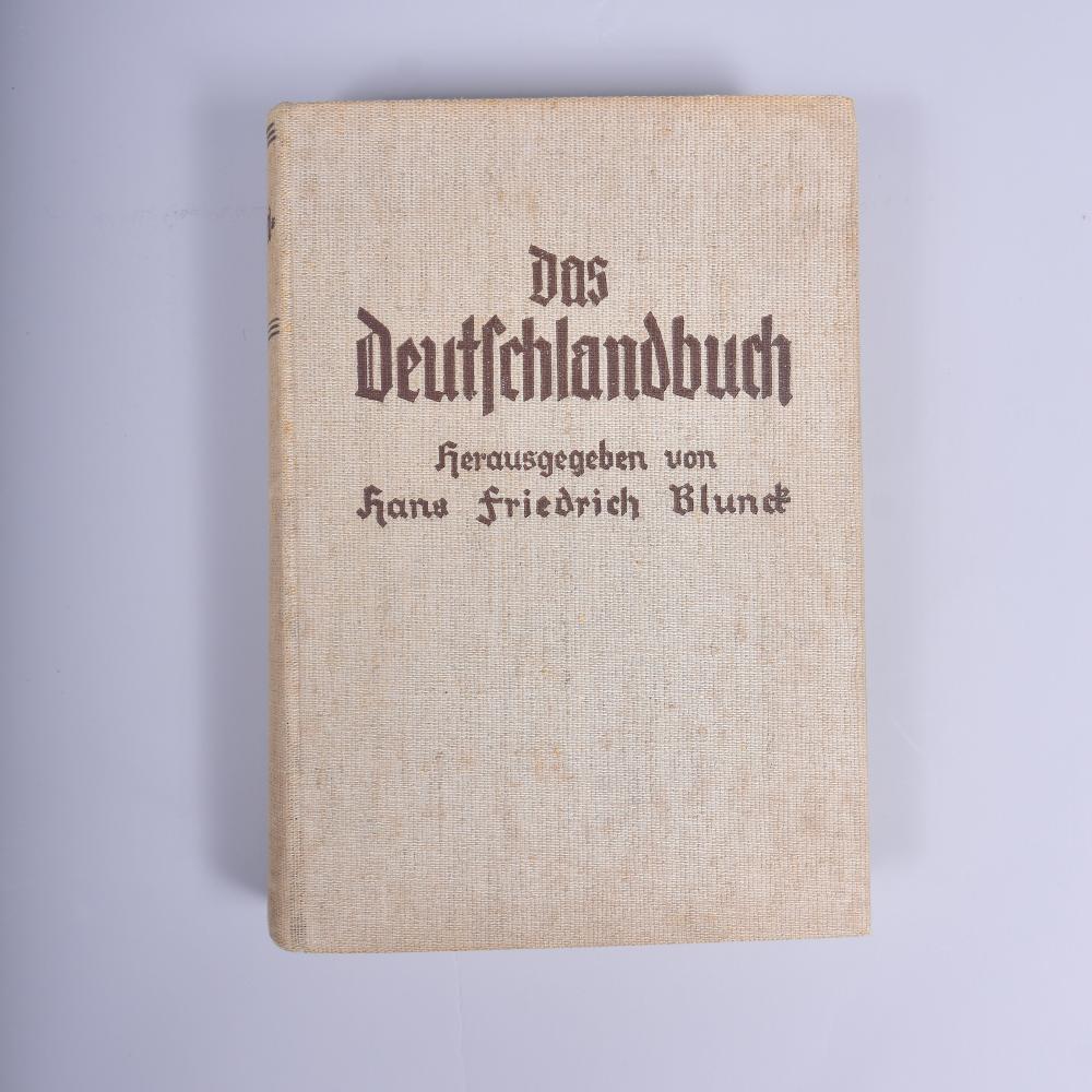 """""""Das Deutschlandbuch"""" v. H.F. Blunck, P. Franke Verlag Berlin 1935, mit zahlreichen Fotografien, gut erh., leicht stockfleckig"""