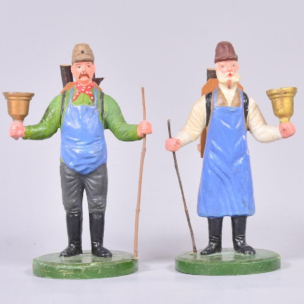 Fa. Lahl, Annaberg/Erzg., Paar Waldarbeiter mit Lichtertüllen aus Zinn, Masse auf Holzsockel, um 1900, sehr gute Erhaltung, H 16cm