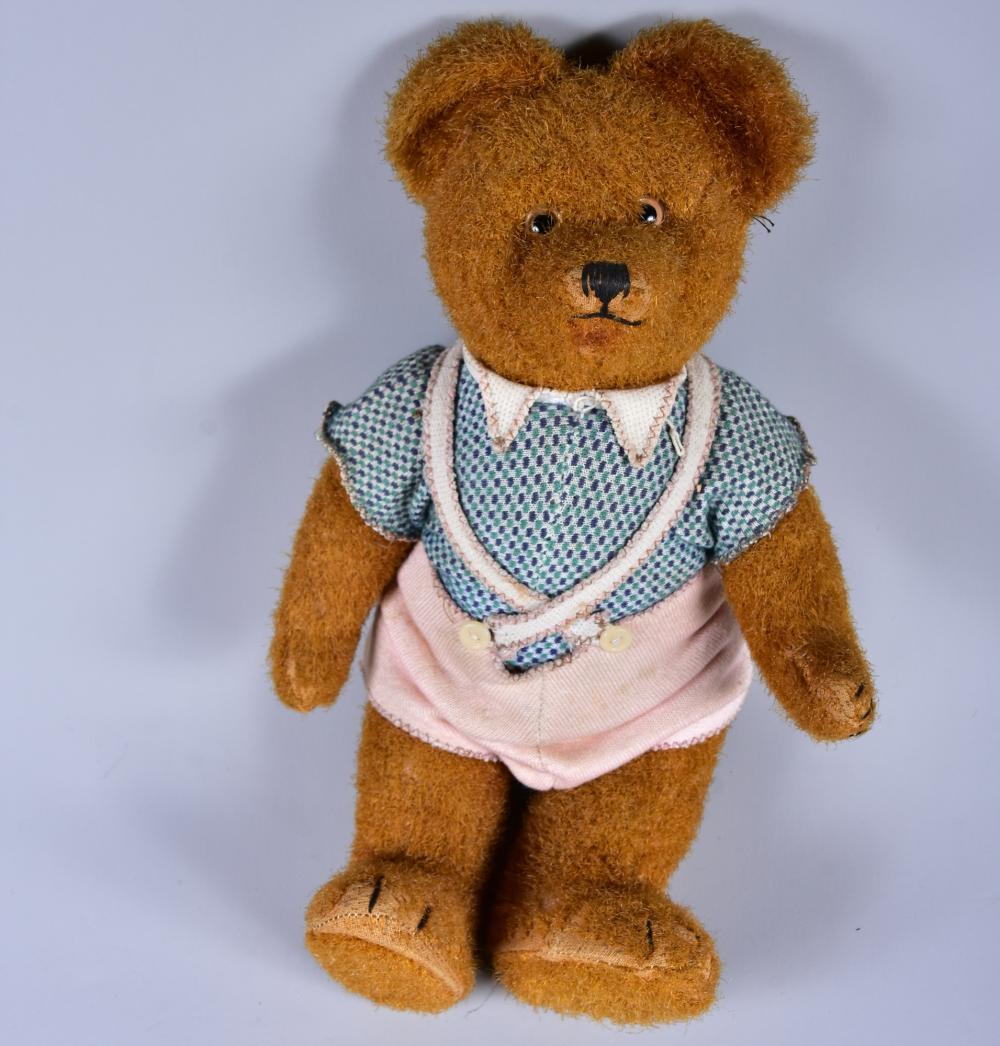 Teddy, um 1950, Mohairplüsch, braun, Glasaugen, vollgegliedert, großflächige Füße, Holzwollefüllung, gute Erhaltung, L 32 cm