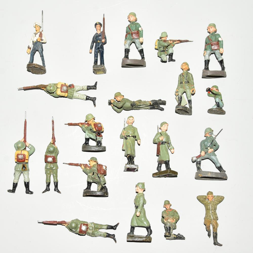Konvolut 20 Stück Soldaten, Marke Duro, Elastolin und ungemarkt, bespielt, H 7,5cm