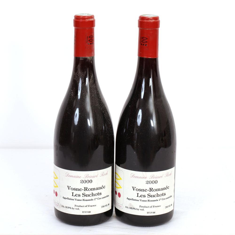 2 Btls Bourgogne, Vosne-Romanée Les Suchots Vosne-Romanée 1er Cru Domaine Prieuré Roch 2000. Bons n