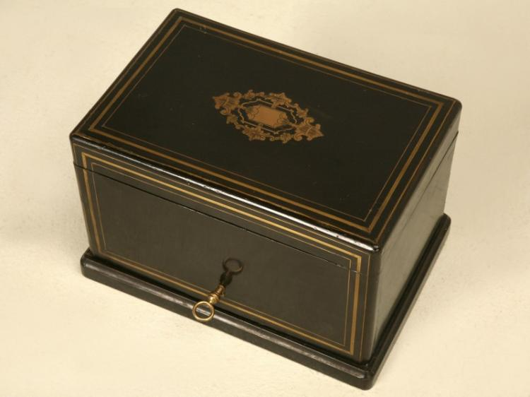 Napoleon III Style Humidor in Black Lacquer