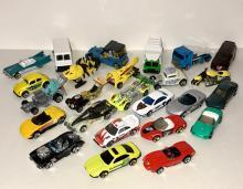 Lot of 25 Vintage 1980's HOT WHEELS Die-Cast Cars