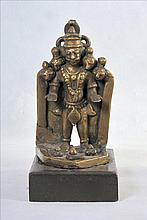 A VERY FINE HINDU  BRONZE STATUE OF DEITY
