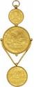 Ecrin du joaillier londonien Harry Emanuel contenant  un pendentif en or composé d'un noble d'or de Calais, d'un demi-noble d'or et d'un quart de noble d'or du roi ÉDOUARD III d'Angleterre (1327-1377).      Très beaux