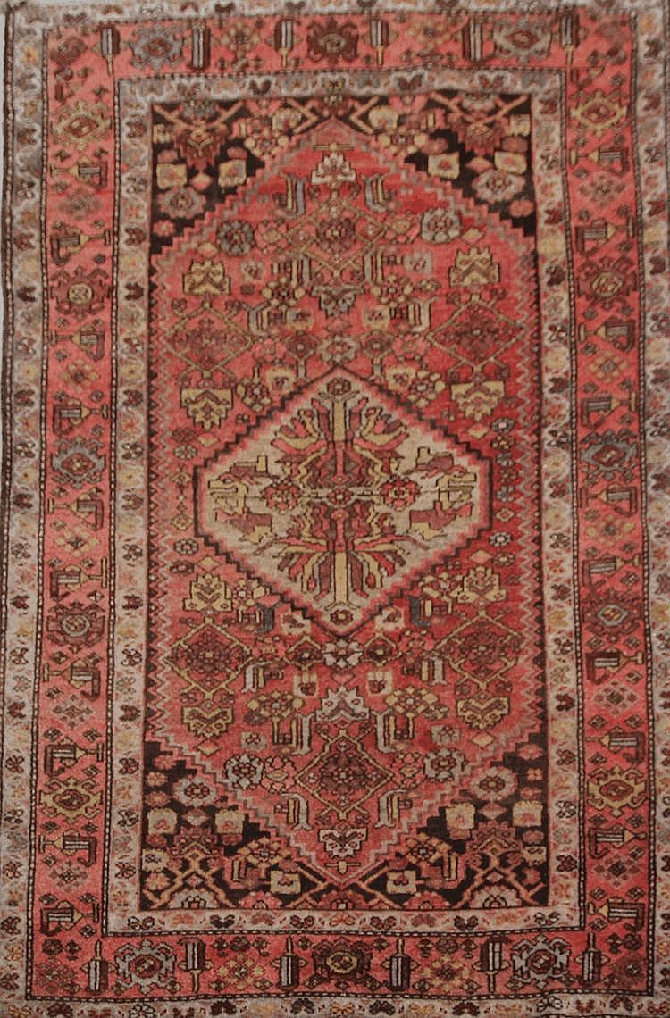 HAMADAN (Iran) à décor floral géométrique Vers 1965 210 x 132 cm