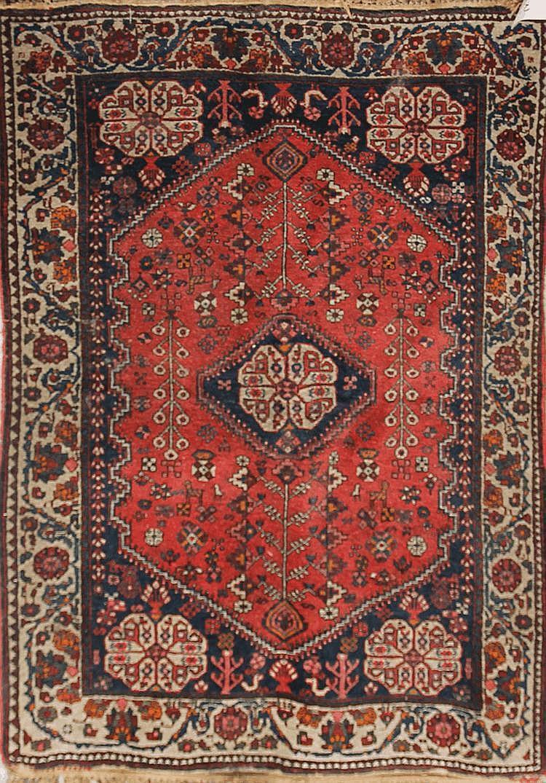 ABADEH (Iran) Vers 1960 151 x 104 cm (petits trous)