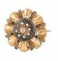 BROCHE circulaire  en or jaune et émail noir, surmontée d'un diamant de taille rose de taille ancienne entouré de perles fines (manque).  Travail du XIX° siècle. Poids brut : 12 g Diamètre : 4 cm  A diamond, pearl, black emaul and yellow gold brooch.