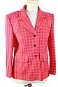 ESCADA Veste en laine au motif Escada, griffée de la marque, de couleur rouge. Taille 42  Parfait état