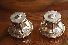 Une paire de winches bronze de 12kg