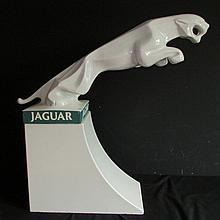 Mascotte JAGUAR de garage.