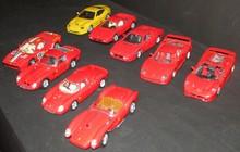Lot comprenant 9 Ferrari au 1/18ème