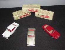 SOLIDO : Lot comprenant une Ferrari 250 GT 2+2 ; une Alfa Romeo 2600 et une Lancia Flaminia