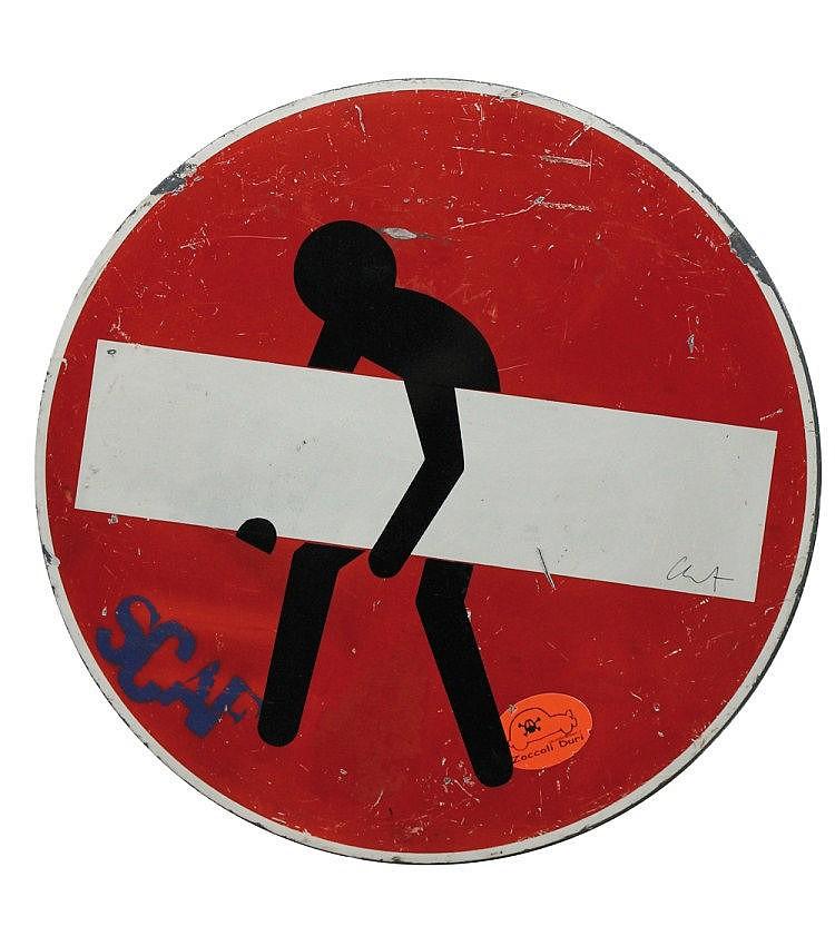 Clet Abraham dit CLET (né en 1966) Adhésif et marqueur sur panneau signalétique Signé Contresigné et daté 2013 au dos Diam. 60 cm