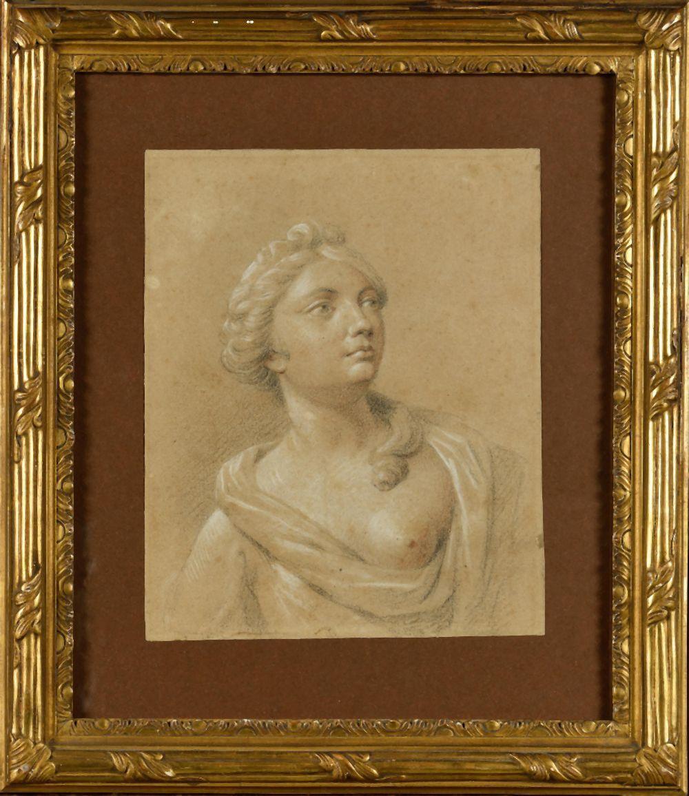 ÉCOLE FRANÇAISE DU XVIIIE SIECLE Portrait de femme Dessin au crayon avec rehaut de blanc Haut. 25 cm