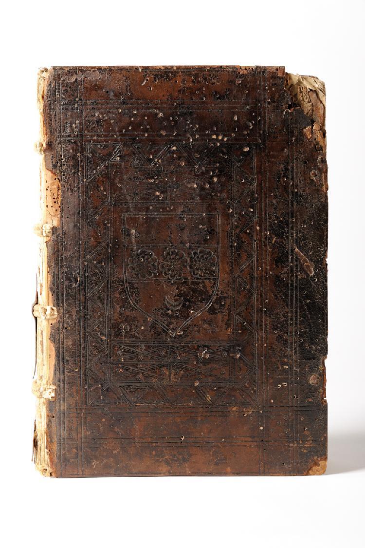 TURRECREMATA Johannes de (TORQUEMADA Juan de). Sum[m]e de ecclesia domini Johanis de Turrecremata. Lyon Jean Trechsel, 20 septembre 1496 ; in-8 (275 mm) de 261 ff. (sur 270 : 6 ff., a-h8, i6, k-z8, A-H8, I9 : manque le feuillet I10 et le cahier AA8),