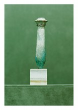 égypte, époque Saïte  AMULETTE ouadj, colonne papyriforme. Fritte émaillée  H. 12,5 cm