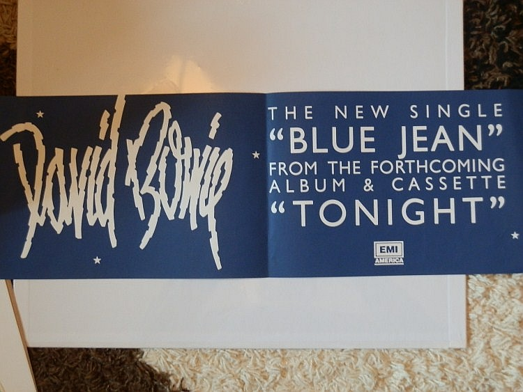 BOWIE AN IN STORE BANNER FOR BLUE JEAN