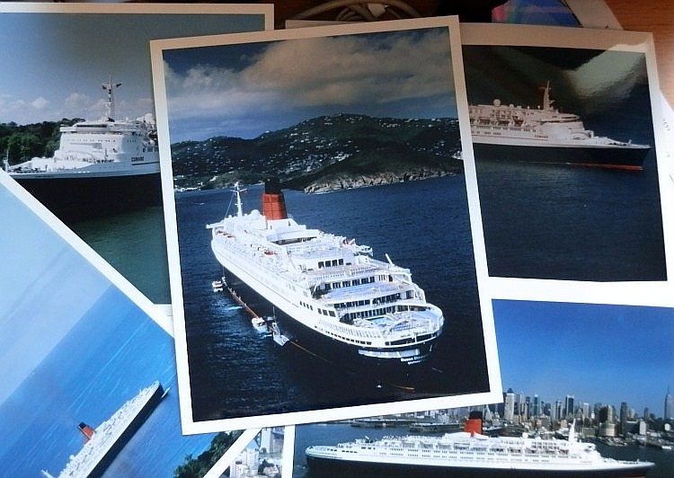 CORONATION STREET the QE2 Professional photographs