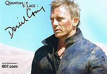 Craig, Daniel: James Bond autographed photograph, signed