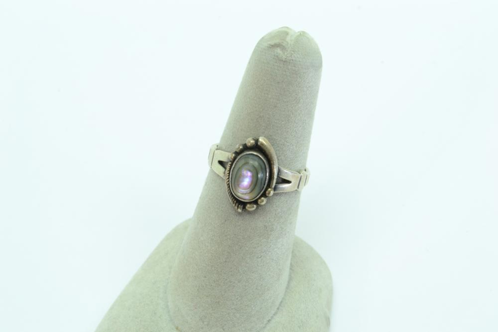 Vintage Native American Bell Trading Post Sterling Abalone Ring 2.6G Sz6.5