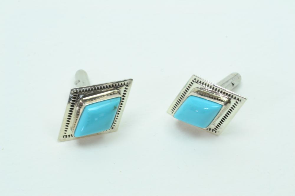 Vintage Native American Running Bear Shops Sterling Turquoise Cuff Links 8.6G