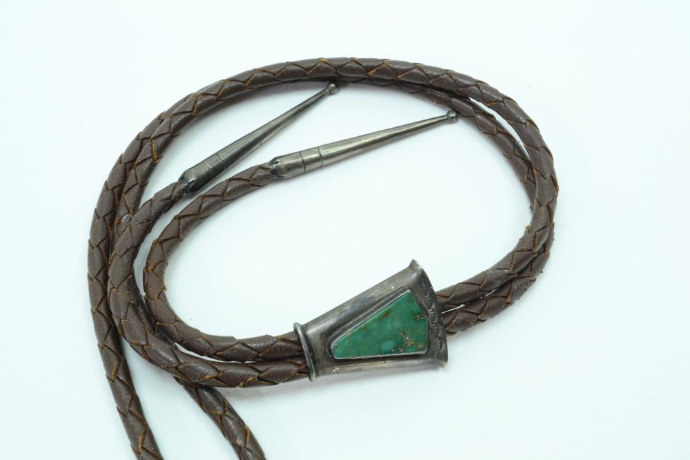 Vintage Native American Sterling Silver Turquoise Bolo Tie 21.7G