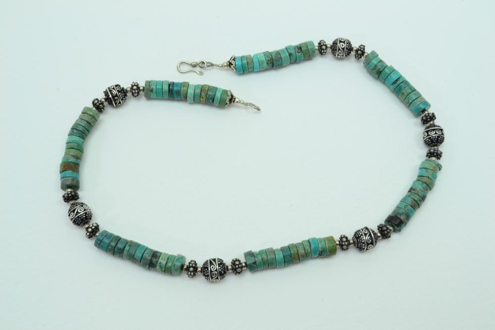 Thailand Sterling Silver Turquoise Disc Bead Necklace 51G