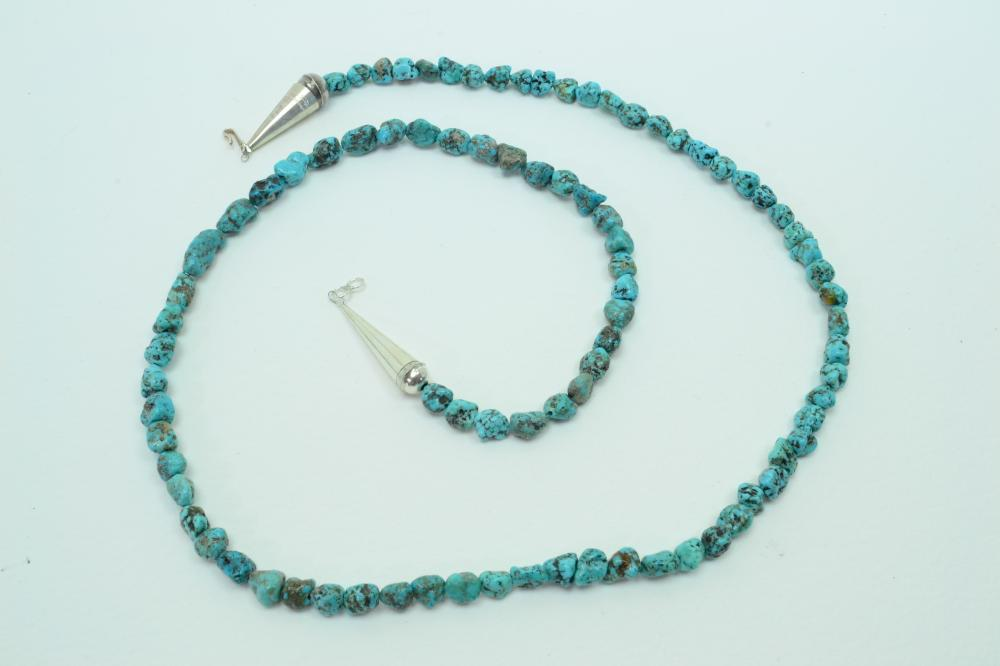 Native American Navajo Sterling Bench Bead Turquoise Nugget Bead Necklace 42G