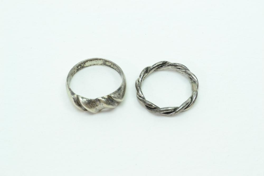 2 Vintage Sterling Silver Band & Twisted Rings 6G Sz6.25&7.5