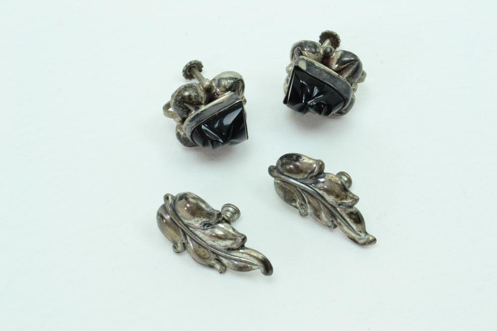 2Pr Vintage Mexico Sterling Silver Onyx Face & Leaf Screwback Earrings 12.8G