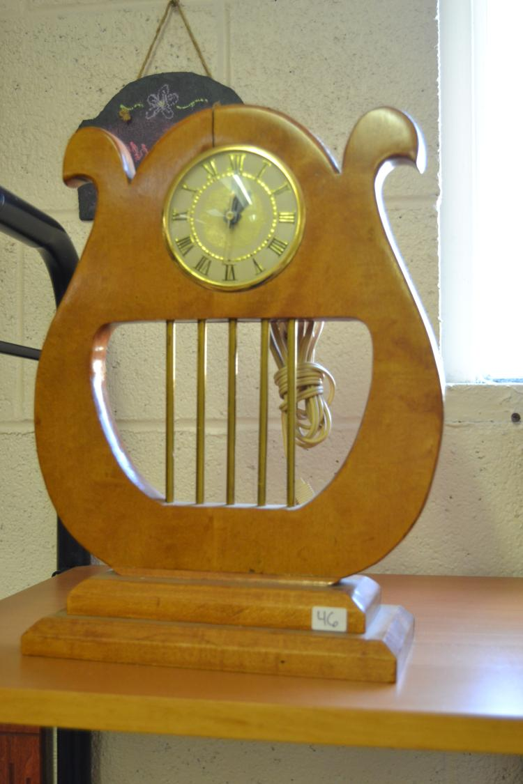 Vintage Lanshire Wood Harp Electric Desk Clock