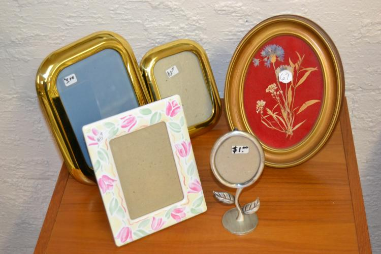 5 Decorative Picture Frame Lot