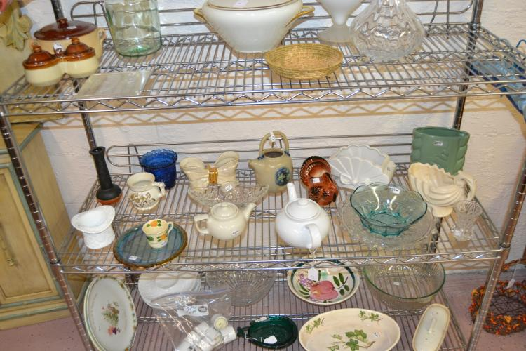 Decorative Home Decor Ceramic And Glass Lot
