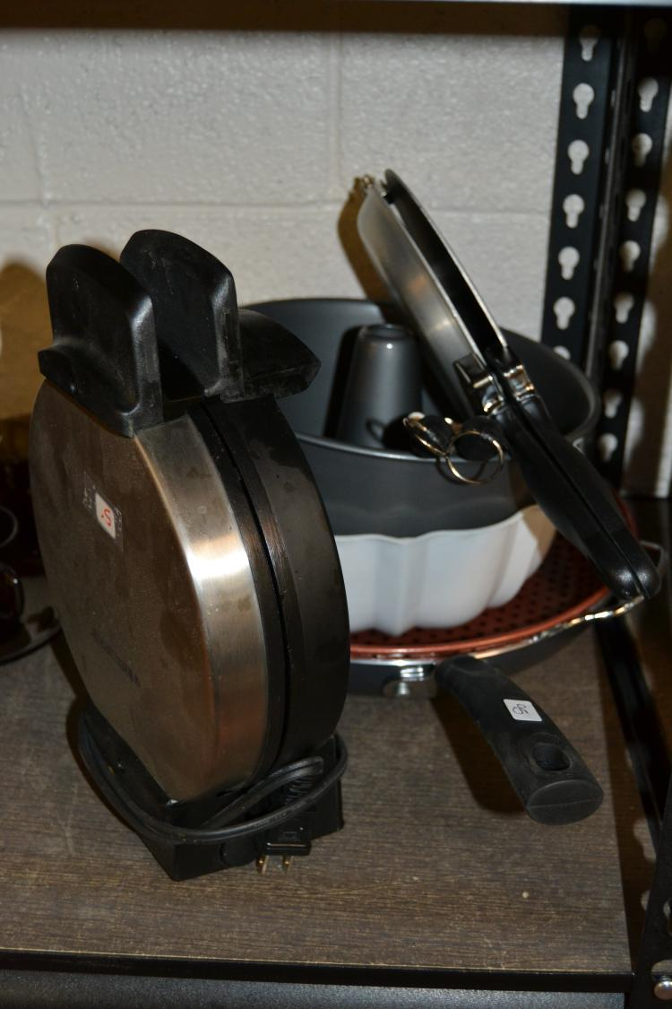 Miscellaneous Cookware And Waffle Iron Lot