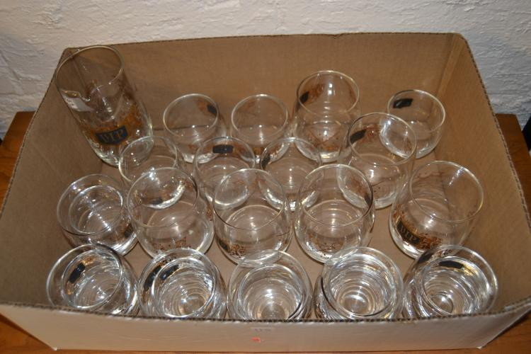 Vintage Vip Gold Gilt Drinking Glass Set