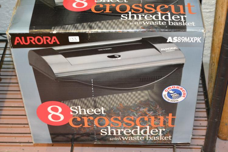 Aurora 8 Sheet Cross Cut Shredder With Wastebasket