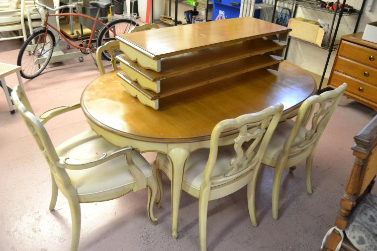 Vintage Expandable Gold Trimmed Wood Dining Table