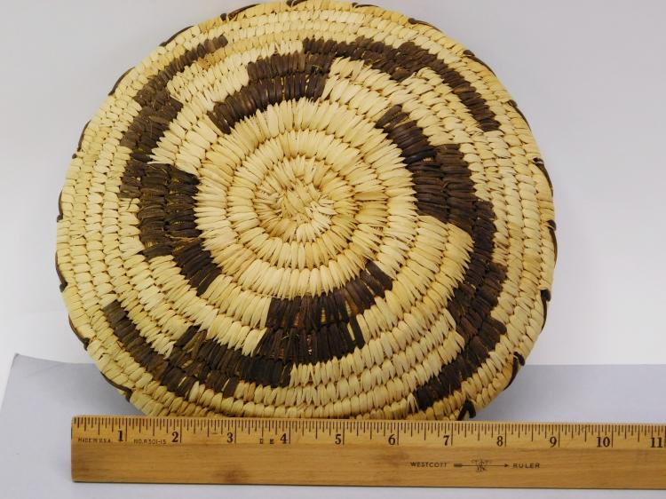 Lot 93: Vintage Papago Indian Tohono O Odham Handmade