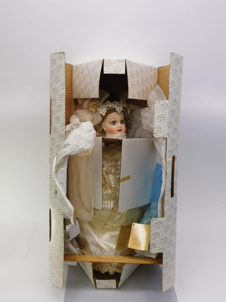 Franklin Mint Heirloom Dolls Collection 22 Inch