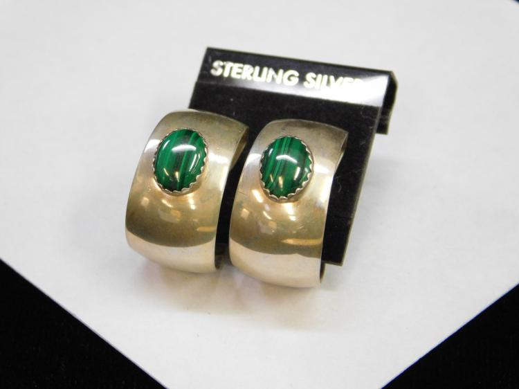 New Sterling Silver And Malachite Navajo Hoop