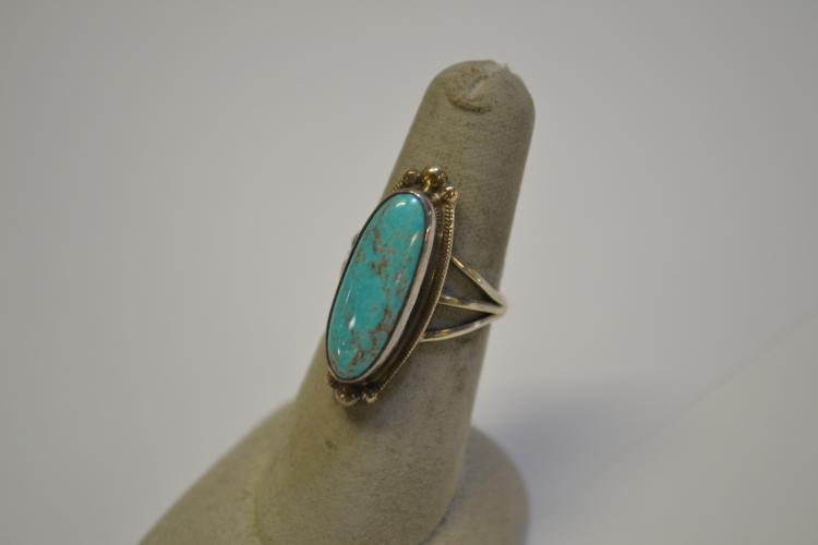 Vintage Sterling Navajo Turquoise Elongated Ring Signed Circle Jw