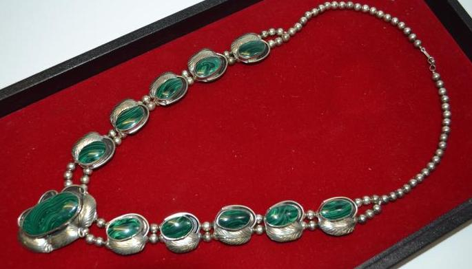 Vintage Navajo Nickel Silver And Malachite Squash Blossom Style Necklace